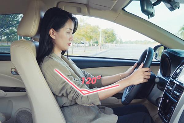 Chuyên gia Toyota đưa ra nguyên tắc 3 giúp lái xe an toàn.